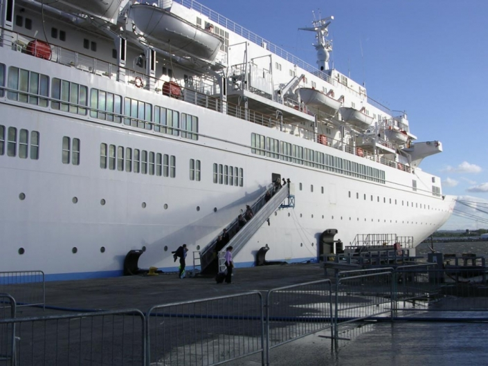Cruise Access Gangway